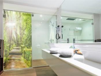 Sichtschutz für die Dusche, Glasgravur folie