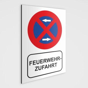 Feuerwehrzufahrt Schild