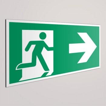 Notausgangstür rechts - Fluchtweg Türenbeschriftung